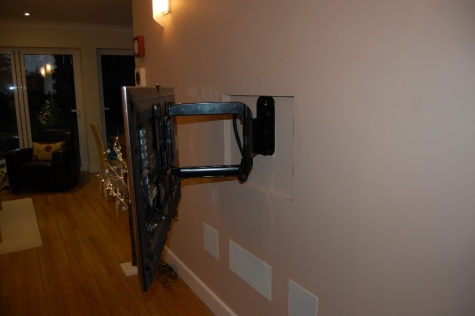 East Molesey - Swing-Arm Flat Screen TV