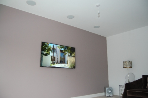 Wokingham - Flat Screen TV